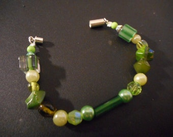 Green multi colored mixed bead bracelet