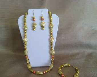 391 Midas Touch Beaded Necklace Set