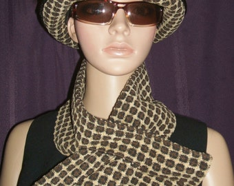 Lovely pair of hat and Plaid scarf.