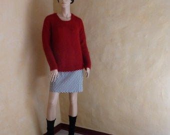Red Sweater in wool and silk hand made by FloraFCreations, Flora Fernandez, gift for her