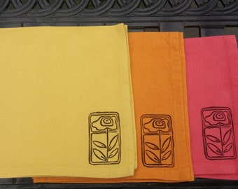 Art nouveau flower napkins