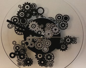 Steampunk clock with black and silver Center