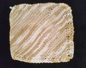 Hand knitted dish cloth