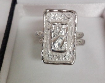 Ring in Silver 925% with rectangular shield