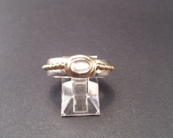 Sterling silver, Moonstone ring.