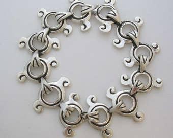Unique bracelet for women. Taxco Silver Bracelet. Handmade Silver Artisan Bracelet, 100% solid silver jewelry. Oxidized bracelet 925 silver