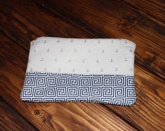 Two Pattern Clutch