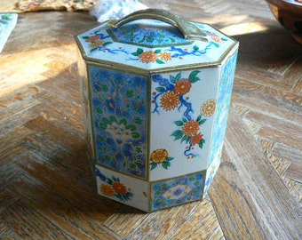 SALE Vintage antique floral hexagon tin in great condition