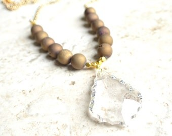 The Courtney- Gold Agate and Crystal Pendant Necklace