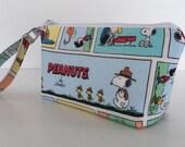 makeup bag peanuts comic strip medium size  cosmetic purse  clutch purse  zipper pouches