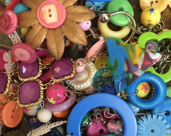 Mixed media arts craft Lot Plastic Glass Material Doo Dads Junk Jewelry Chains Beads Tiles Toys 400 plus