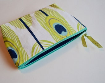 Peacock Feather Zipper Pouch - Make up Bag - Green Blue Peacock Feather - Modern Zipper Cosmetic Bag