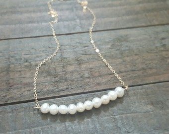 Small Pearl Gold Necklace