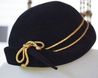 Cute Sailor CLOCHE 1930's 40's Black Original Vintage Hat // by ENID Lee New York // hat size 22