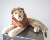 Vintage Steiff Large Leo the Lying Lion