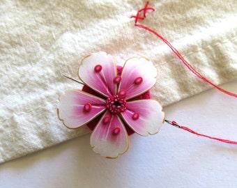 Cherry Blossom Needle Minder, Sakura Sewing Needle Buddy, Sewing Accessory, Needle Magnet