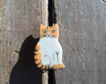Teeny Tiny Orange & White Cat Pin
