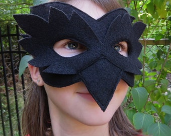 Raven Mask - Bird Mask - Crow Costume Accessory - Masquerade - Black Bird Costume - Halloween