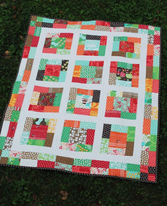 PDF Quilt Pattern....Baby or Lap Size, Quick and Easy Charm Squares or Fat Quarters, A Sunday Charmer
