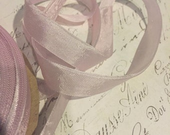 Pale Orchid Vintage Seam Binding Ribbon