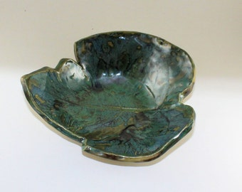 Fig Leaf Ceramic Bowl