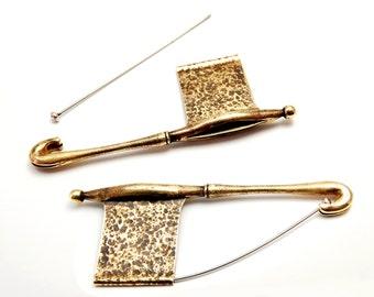 Flag brooch - brass, steel