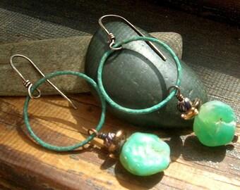 Hammered Green Agate stone earrings Large green patina Copper Hoop earrings Dangle earrings Green patina earrings Hoop earrings