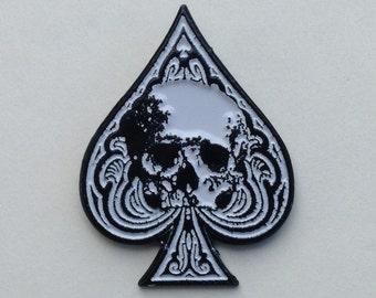 Spade Skull Enamel Pin by Print Mafia®