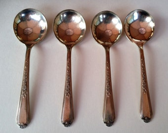 Set of 4 Small Round Bowl Spoons Plymouth Silverplate by International Silver 5-1/4""