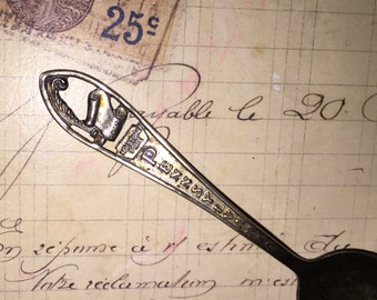 Vintage Pennsylvania Souvenir Silver Spoon