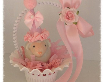 Easter Decoration Shabby Chic Lamb in a Vintage Easter Basket  Easter Decoration Easter Ornament for Easter Party TVAT