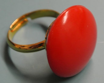 Adjustable goldcolor ring with genuine tested opaque round vintage 1950s bright red plastic bead