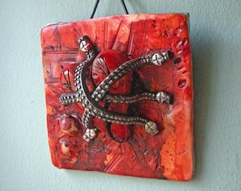 Restrained - polymer art heart wall art sculpture decorative home