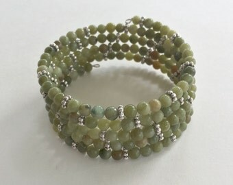 Bead memory wire bracelet - green gemstone silver accents