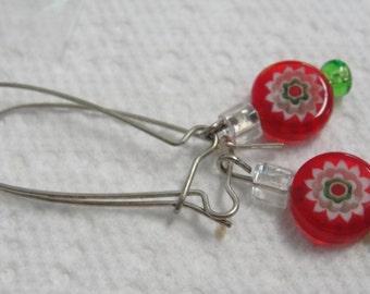 Red White Green Round Glass Beaded Dangle Pierced Earrings