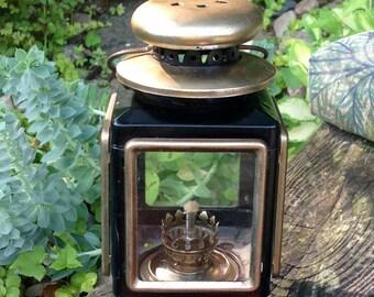 SALE-FREE SHIPPING-Vintage Black and Gold Metal & Glass Kerosene Carriage Lantern-Hanging Lantern-Farmhouse-Mid Century-French Country-Boho
