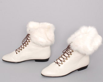 size 7 RABBIT FUR white leather 70s 80s BOHEMIAN lace up cuffed ankle booties made in italy