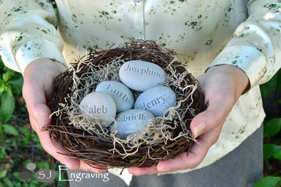 Unique family gift - set of 5 name engraved stone eggs in nest - Mom's Nest (c) by sjEngraving