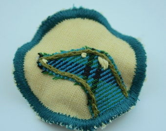 Circle Fabric Brooch - Yellow Tartan Greyhound