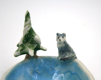 wolf in the forest - trinket bowl porcelain original