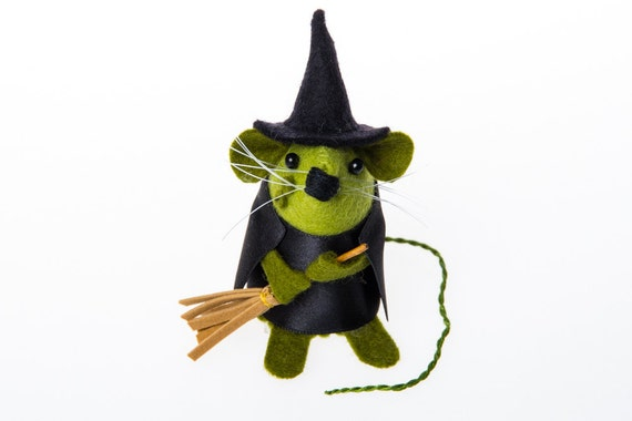 Witch Mouse Ornament artisan felt rat gift for halloween women wife girlfriend mom mum sister halloween lover hamster mice cute  - Gwendolyn