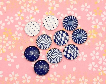 10pcs handmade assorted deep blue and white round glass dome cabochons / Wooden earring stud 12mm (12-9435)