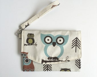 Wallet Pouch // Smartphone Case w/ Removable Strap - Cute Owl