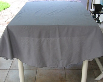 Round grey Tablecloth . grey tablecloth . round tablecloth . gray tablecloth
