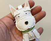 Small size - Winnie the Scottie cowhide leather charm ( White )