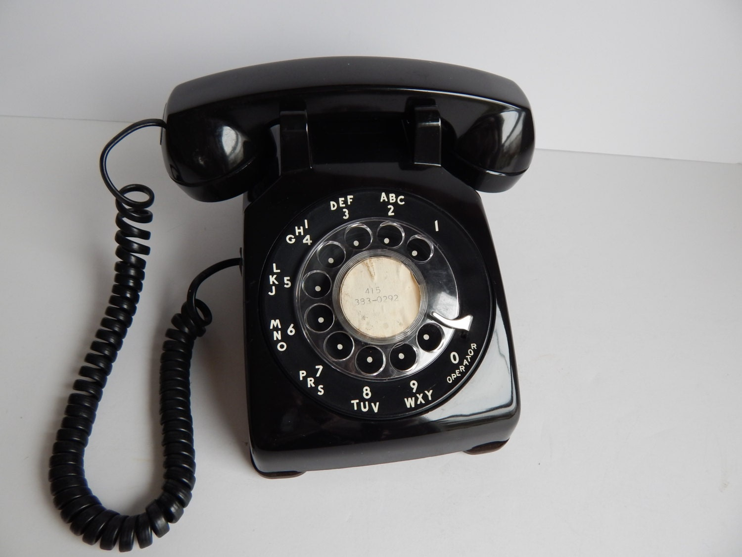 Vintage Black Rotary Dial Desk Top Telephone / Western