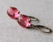 Pink Rhinestone Earrings / Deep Pink Dark Rose Vintage Jewel Earrings / Wedding Jewelry Bridal Party Earrings / 1950s rhinestones