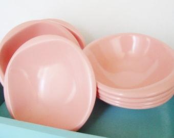 vintage pink melamine bowls, 1950s boontonware, boonton ware belle