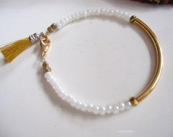 Gold Tassel Bracelet, Pearl, Seed Bead Bracelet, Minimalist Bracelet, Gold Curved Bangle, Wedding Jewelry, Bridesmaid Bracelet