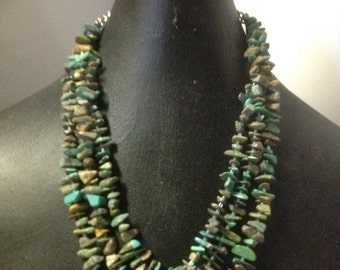 Turquoise Three Strand Chip Rough Pebbles Necklace Southwest Style Santa Fe Flavor